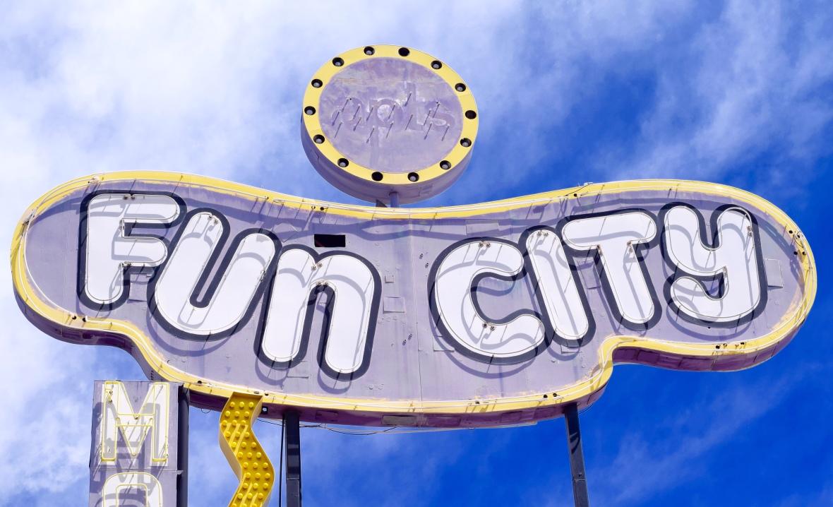 Fun City Motel Sign